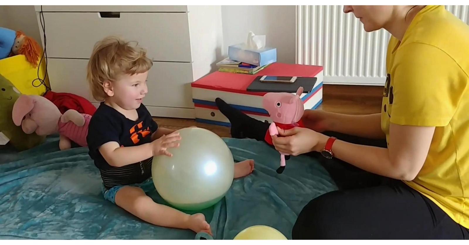 Reax Fluiball Fizjoterapia Dziecieca Terapia Z Wykorzystaniem Pilki