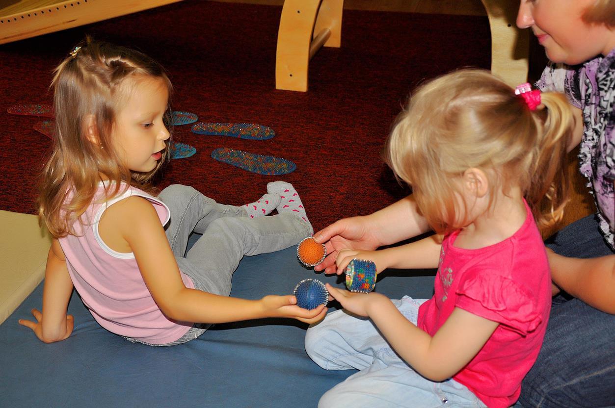 Terapia Dzieci Z Pilkami Wieloiglowymi Lyapko
