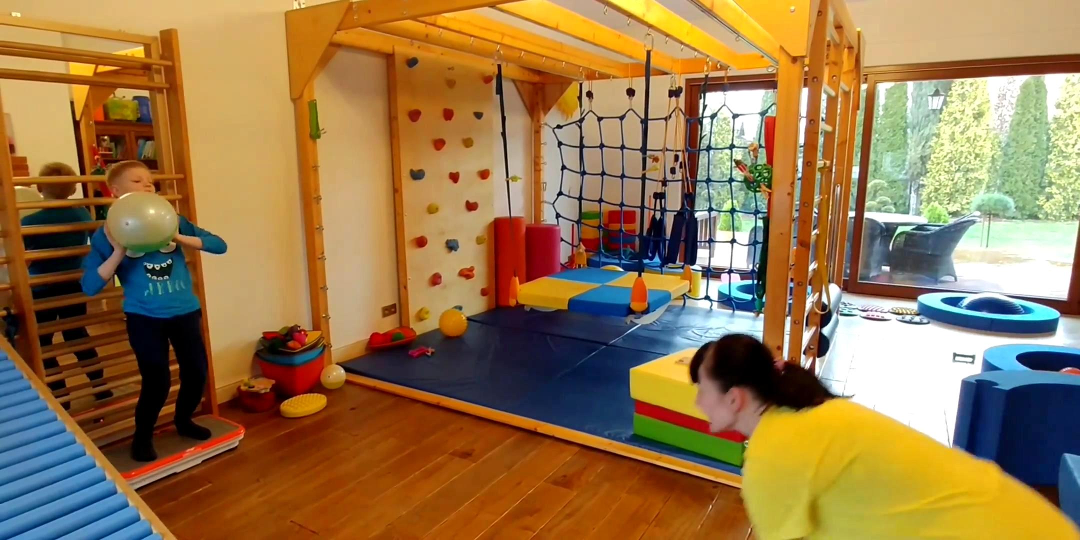 Terapia Rehabilitacja Dziecieca Z Pilkami Reaxing Reax Fluiball 26cm
