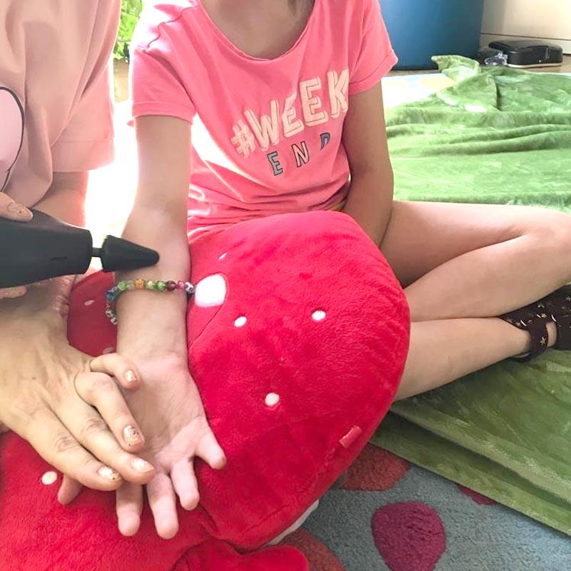 Theragun Mini Koncowka Cone W Terapii Reki Rehabilitacja Dla Dzieci